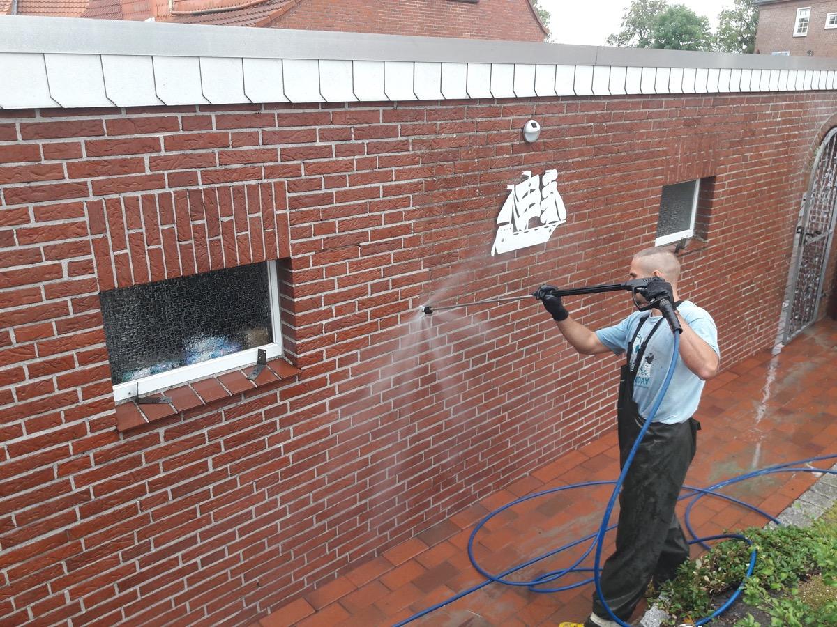 Reinigung der Klinkerfassade